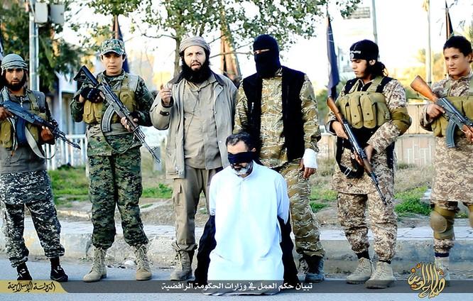Cuộc sống tàn khốc bên trong lãnh thổ Nhà nước Hồi giáo (phần 2) ảnh 36