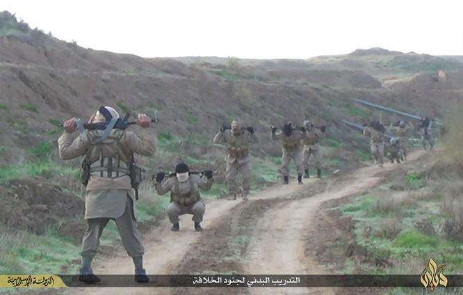 Cuộc sống tàn khốc bên trong lãnh thổ Nhà nước Hồi giáo (phần 2) ảnh 13