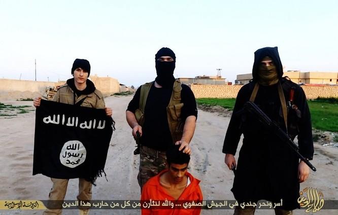 Cuộc sống tàn khốc bên trong lãnh thổ Nhà nước Hồi giáo (phần 2) ảnh 46
