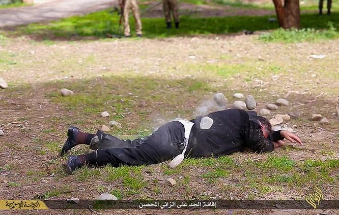 Cuộc sống tàn khốc bên trong lãnh thổ Nhà nước Hồi giáo (phần 2) ảnh 53