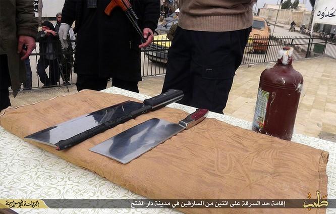 Cuộc sống tàn khốc bên trong lãnh thổ Nhà nước Hồi giáo (phần 2) ảnh 56