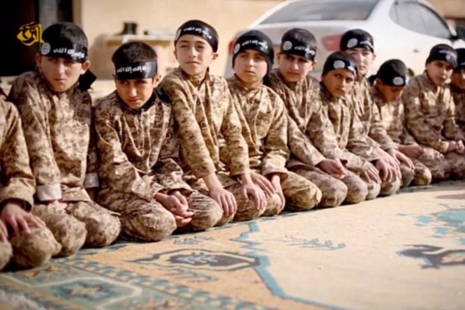IS đang huấn luyện thế hệ chiến binh thánh chiến tiếp theo