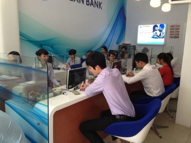 """Những ngân hàng Việt """"sống"""" trong im lặng ảnh 5"""