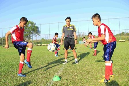 Bắt đầu chiến dịch tuyển học viên bóng đá tài năng ảnh 4