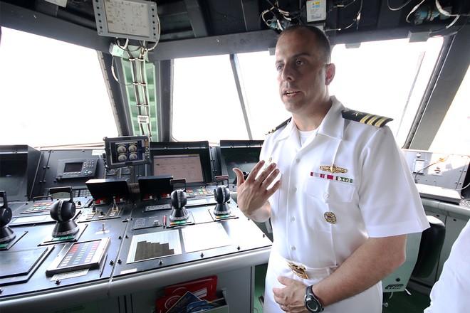 Hai tàu khu trục của Mỹ cập cảng Đà Nẵng ảnh 9