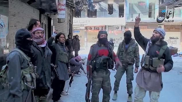 IS thảm sát người Palestine trong trại tị nạn Yarmourk ảnh 1