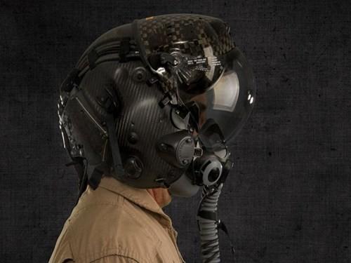 Mũ bay siêu hiện đại của phi công lái F-35 Lightning II ảnh 1