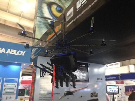 Ấn Độ sử dụng UAV vũ trang để kiểm soát đám đông ảnh 1