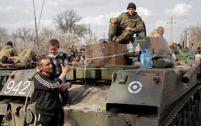 """""""Chính phủ bóng tối"""" xuất hiện sẽ thay đổi toàn Ukraine? ảnh 1"""