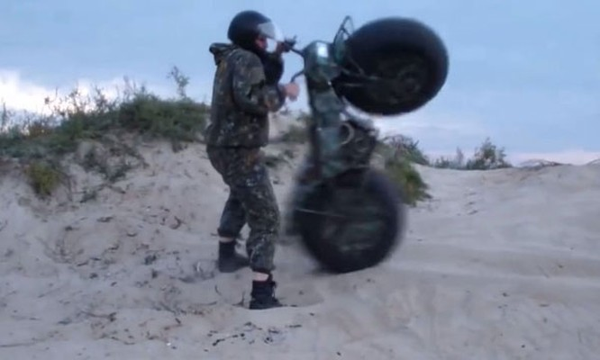 Taurus 2 - Xe địa hình bỏ túi từ nước Nga ảnh 9