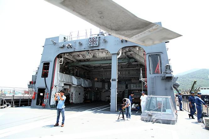 Hai tàu Lực lượng tự vệ biển Nhật Bản thăm Đà Nẵng ảnh 15