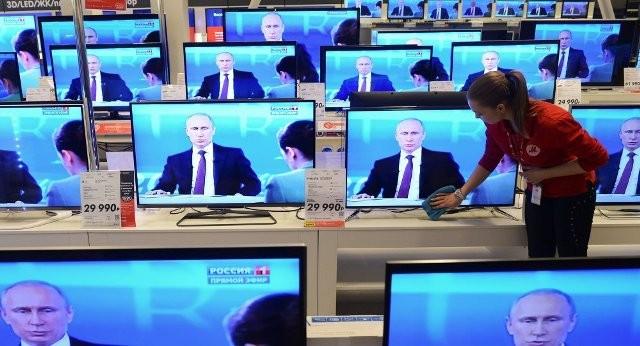 Đối thoại hóm hỉnh của ông Putin với người dân ảnh 1