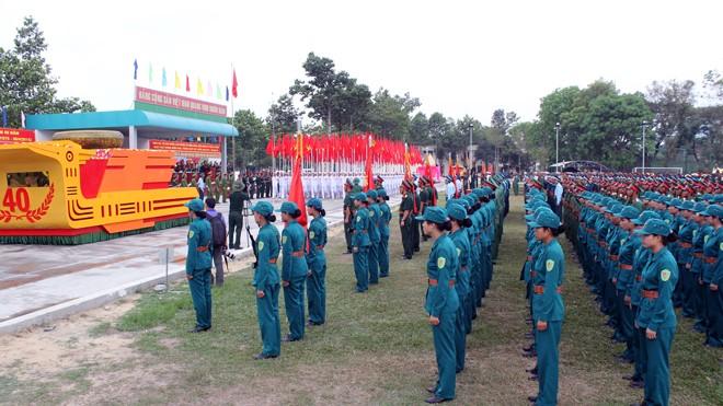 Hàng nghìn chiến sĩ hợp diễu binh dưới nắng gắt Sài Gòn ảnh 1