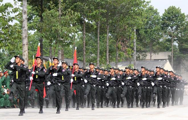 Hàng nghìn chiến sĩ hợp diễu binh dưới nắng gắt Sài Gòn ảnh 12