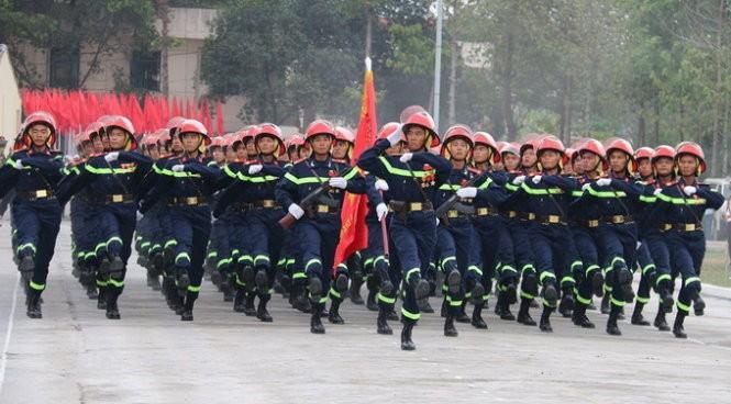 Hàng nghìn chiến sĩ hợp diễu binh dưới nắng gắt Sài Gòn ảnh 13