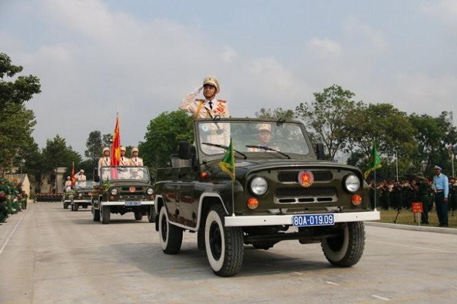 Hàng nghìn chiến sĩ hợp diễu binh dưới nắng gắt Sài Gòn ảnh 16