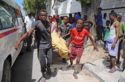 Đánh bom xe ở thủ đô Somalia ảnh 1