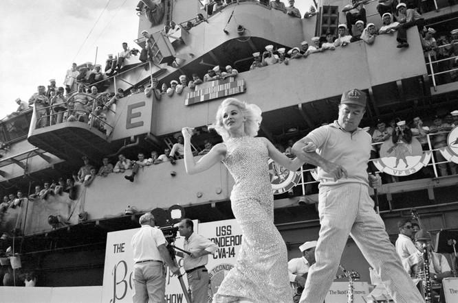 Những bức ảnh khốc liệt nhất về cuộc chiến của Mỹ tại Việt Nam ảnh 22
