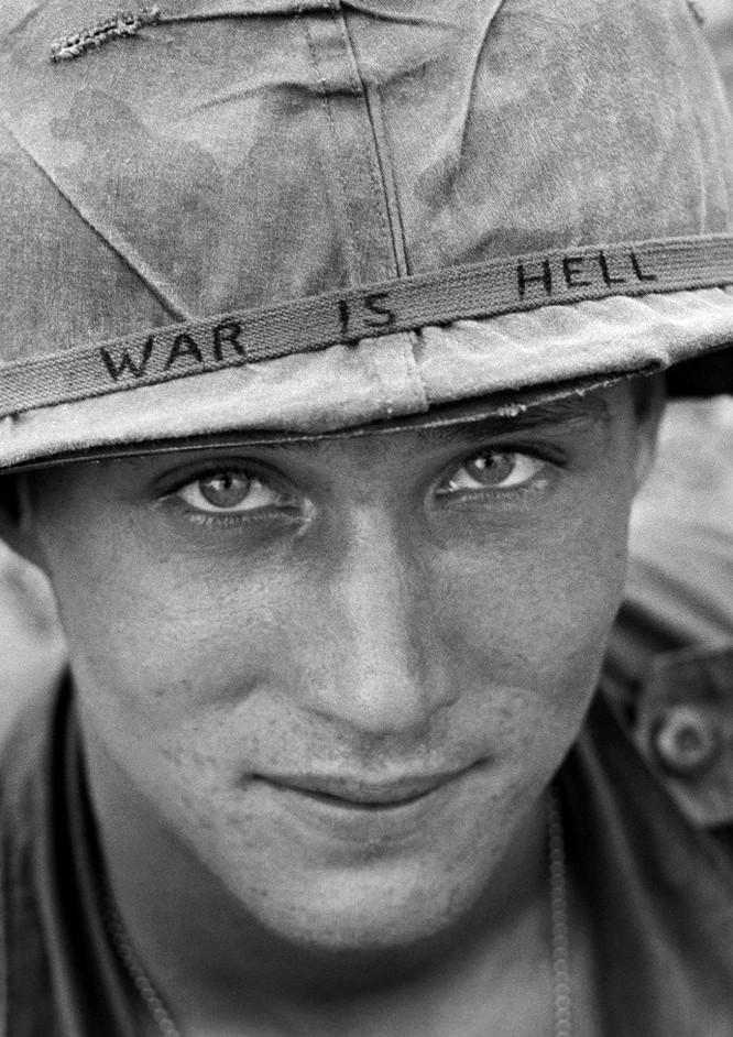 Những bức ảnh khốc liệt nhất về cuộc chiến của Mỹ tại Việt Nam ảnh 23