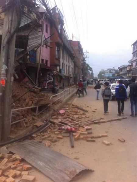 Nepal tan hoang sau động đất ảnh 7