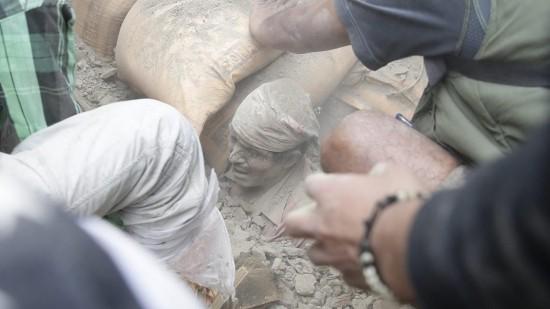 Động đất mạnh ở Nepal, hơn 1.500 người chết ảnh 16