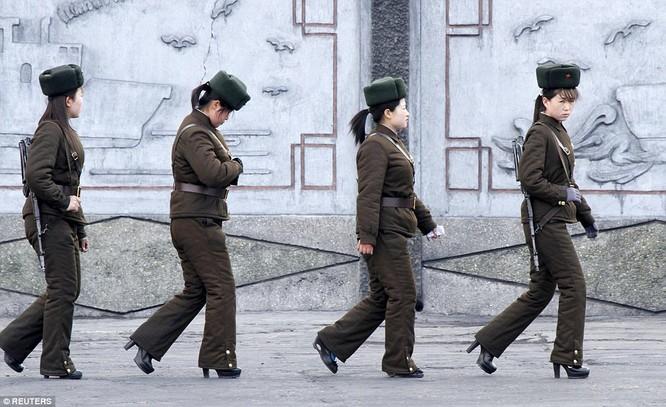 Những nữ chiến binh khiến cánh mày râu ngả mũ ảnh 2