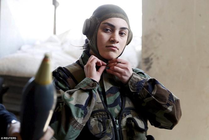 Những nữ chiến binh khiến cánh mày râu ngả mũ ảnh 13