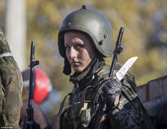 Những nữ chiến binh khiến cánh mày râu ngả mũ ảnh 15