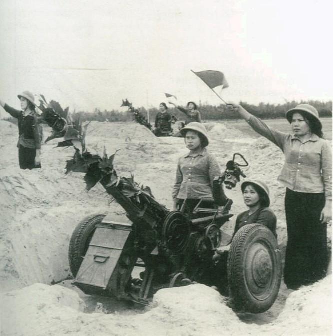 Bóng hồng Việt Nam - trên cả anh hùng - (phần 1) ảnh 18