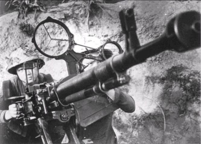 Bóng hồng Việt Nam - trên cả anh hùng - (phần 1) ảnh 24