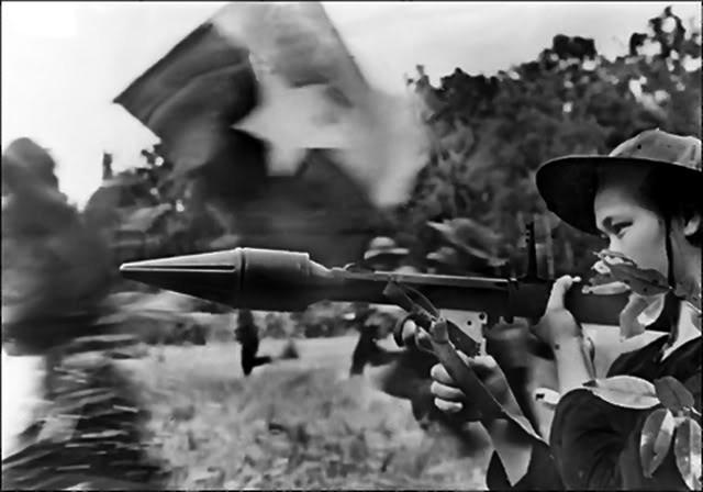 Bóng hồng Việt Nam - trên cả anh hùng - (phần 1) ảnh 26