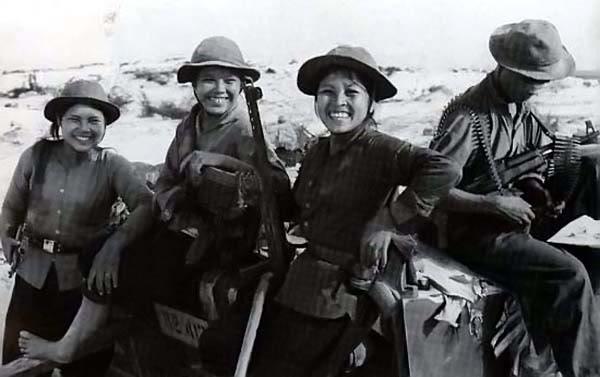 Bóng hồng Việt Nam - trên cả anh hùng - (phần 1) ảnh 32