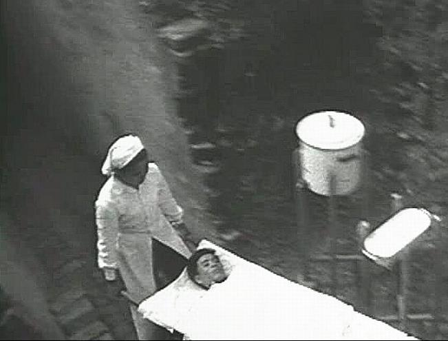 Bóng hồng Việt Nam - trên cả anh hùng - (phần 1) ảnh 41
