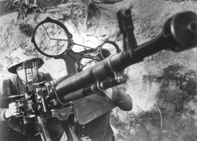 Bóng hồng Việt Nam - trên cả anh hùng - (phần 2) ảnh 4