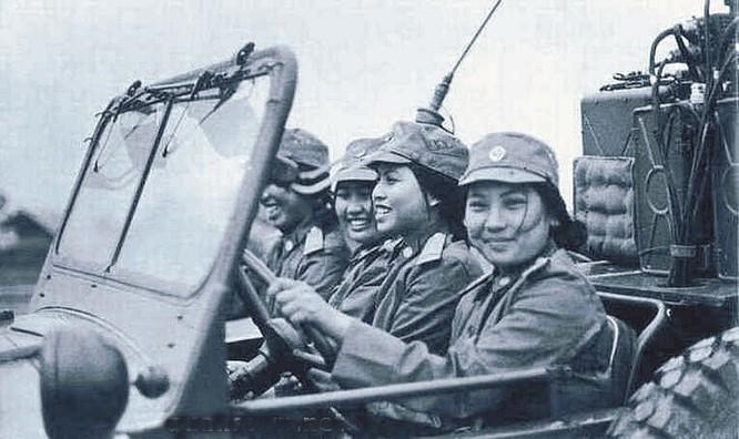 Bóng hồng Việt Nam - trên cả anh hùng - (phần 2) ảnh 6