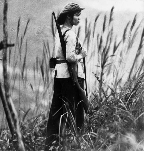 Bóng hồng Việt Nam - trên cả anh hùng - (phần 2) ảnh 7