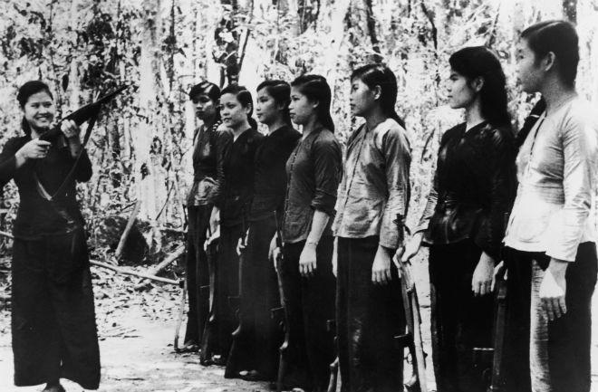Bóng hồng Việt Nam - trên cả anh hùng - (phần 2) ảnh 17