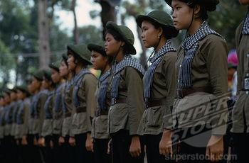 Bóng hồng Việt Nam - trên cả anh hùng - (phần 2) ảnh 18