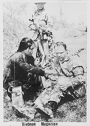 Bóng hồng Việt Nam - trên cả anh hùng - (phần 2) ảnh 38