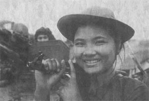 Bóng hồng Việt Nam - trên cả anh hùng - (phần 2) ảnh 42