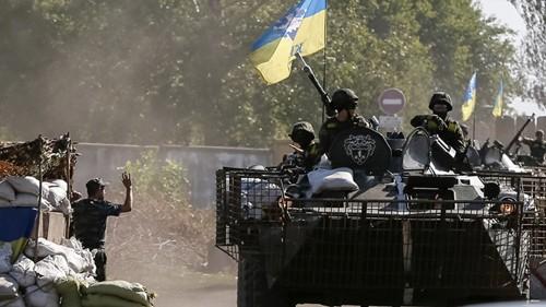 Những nước cờ cao tay của Nga trong ván bài Ukraine ảnh 1