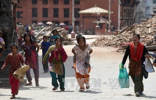 1 triệu trẻ cần cứu trợ sau động đất Nepal ảnh 4