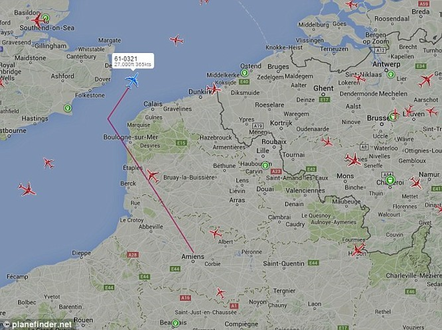Máy bay của Không quân Mỹ mất tích trên vùng trời nước Anh ảnh 1