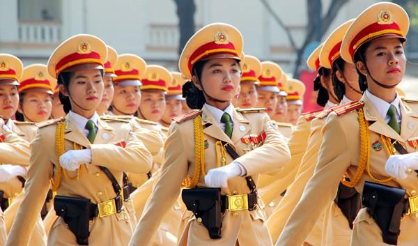TP HCM diễu binh mừng ngày thống nhất ảnh 16