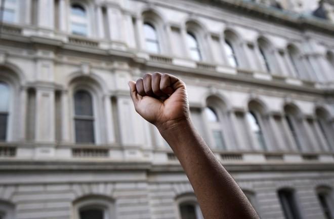 Biểu tình từ Baltimore lan khắp nước Mỹ ảnh 2