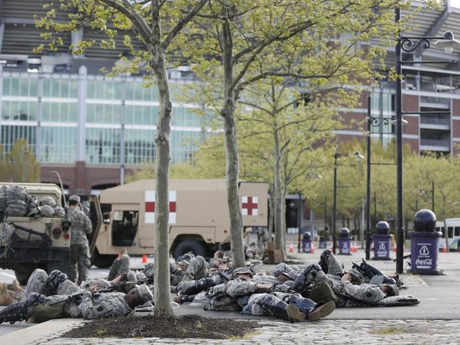 Cận cảnh bạo loạn Baltimore-Mỹ ảnh 18