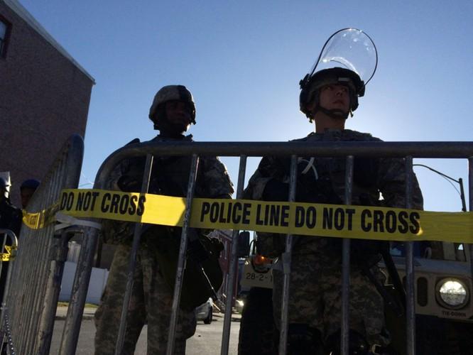 Cận cảnh bạo loạn Baltimore-Mỹ ảnh 28