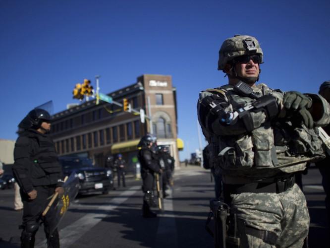 Cận cảnh bạo loạn Baltimore-Mỹ ảnh 29