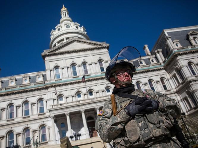 Cận cảnh bạo loạn Baltimore-Mỹ ảnh 31