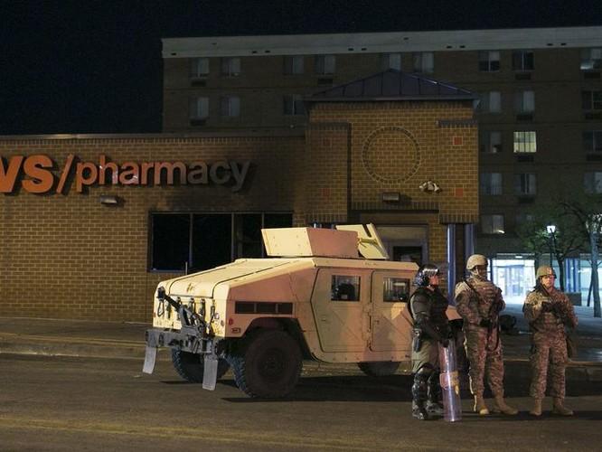 Cận cảnh bạo loạn Baltimore-Mỹ ảnh 2